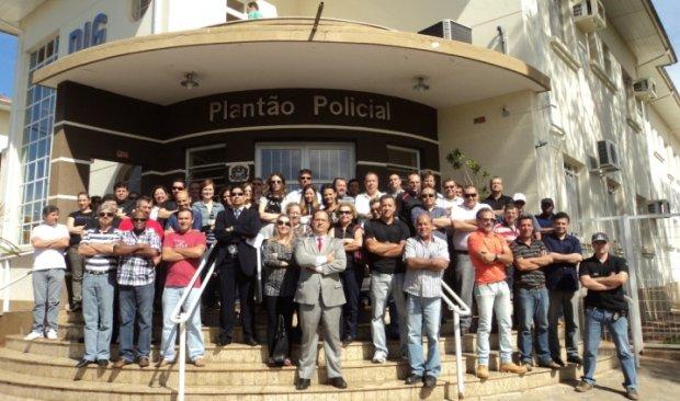 Policiais civis cruzam os braços por melhores condições de trabalho - (Foto:Divulgação).